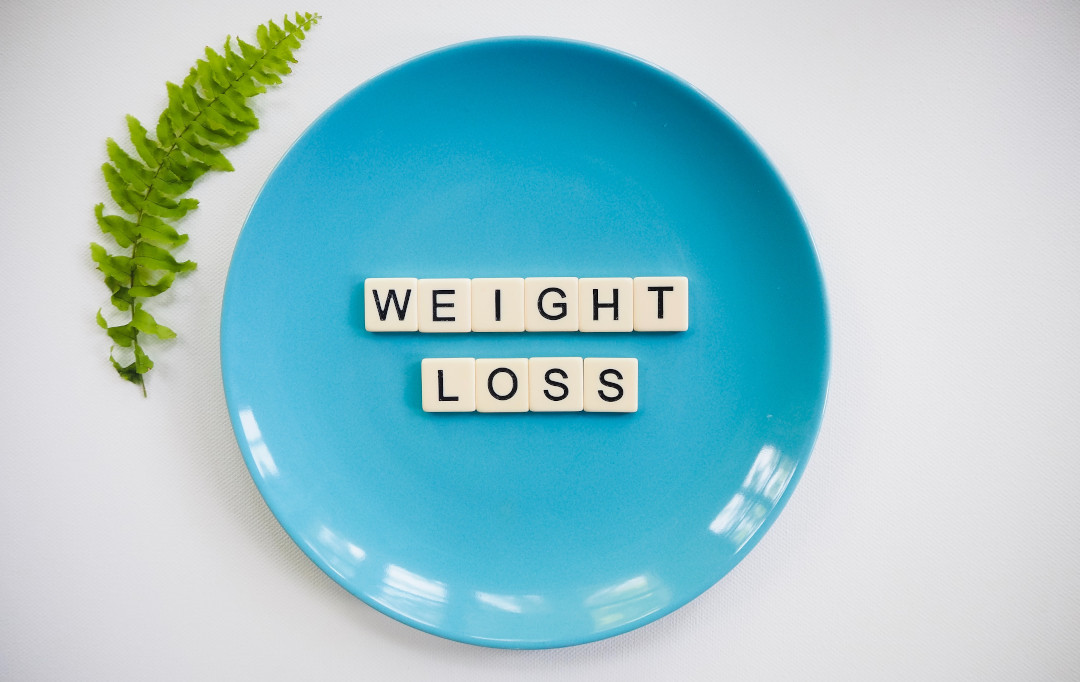 weight loss scrabble pieces plate